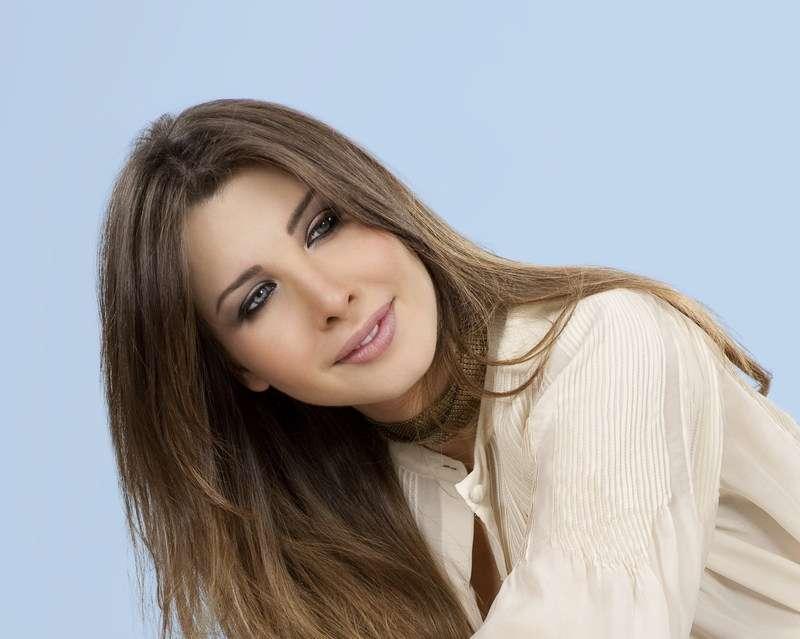 صور صور نانسى عجرم 2011 2011 2012 49624853.jpg